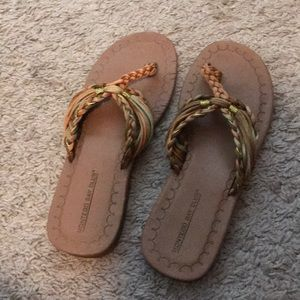 Montego Bay Club Thong sandals. Size 7.